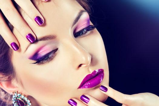 Реклама макияжа в салоне красоты
