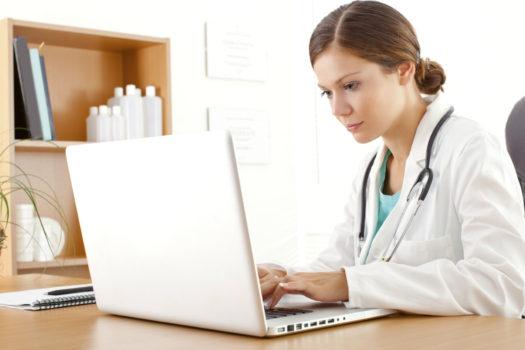 продвигать клинику в интернете